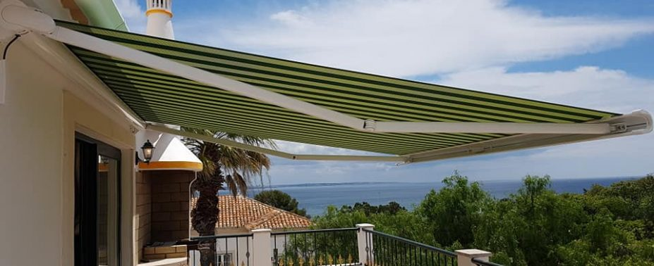 Those who demand products of the highest quality and in the most elegant of designs will not want to miss these criteria in their awning. An awning forms part of[...]