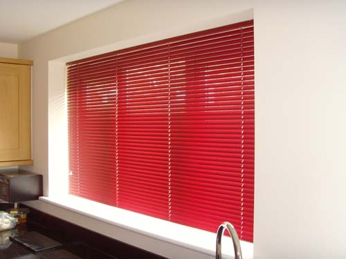 Venetian Blinds Come In Wood And Aluminium With Choices Of Colour Slat Size Still An Extremely Popular Choice Full Control Your Privacy